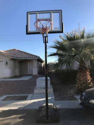 10ft adjustable basketball hoop for Sale in Las Vegas, NV