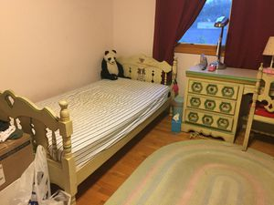 Kids bedroom 7 pieces set for Sale in Los Angeles, CA