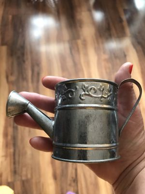 "HOSLEY GALVANIZED MINI WATERING CANS 2-5/8"" Tall x 5.5"" for Sale in Columbus, OH"