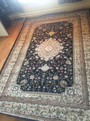 8/5 feet area rug for Sale in Fort Belvoir, VA