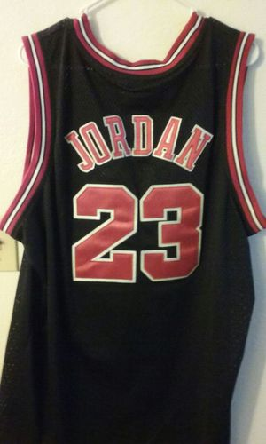 1986 Authentic Michael Jordan Jersey (Stitched) for Sale in Mesa, AZ