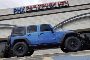 Wheels tires lift kits for Jeep for Sale in Phoenix, AZ