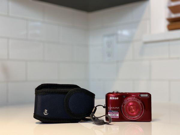Nikon Coolpix L28 20.1 MP Digital Camera