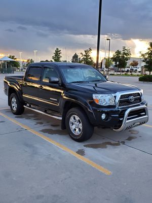 2011 Toyota Tacoma Double Cab · PreRunner Pickup 4D 5 ft • 2nd Owner • CARFAX In Pictures for Sale in Bridgeview, IL