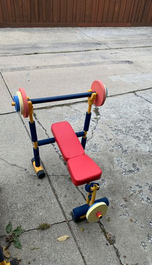 Toddlers workout set./super cool for Sale in Bedford Park, IL