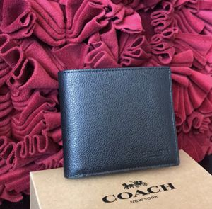 Coach leather Mens wallet NWT for Sale in Carlsbad, CA