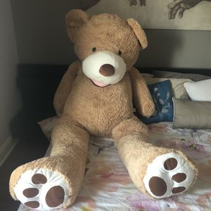 Giant Teddy Bear for Sale in Chicago, IL