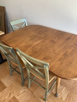 Kitchen table and 4 chairs for Sale in Bethesda, MD