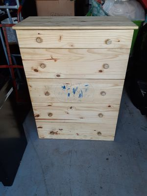 Chest of Drawers for Sale in Puyallup, WA