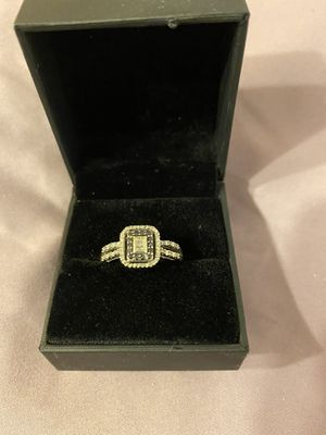 Black and white diamond 10 k ring approx size 8 for Sale in Tenino, WA