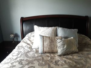Bedroom Set for Sale in La Verne, CA