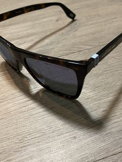Marc Jacob Sunglasses for Sale in East Riverdale,  MD