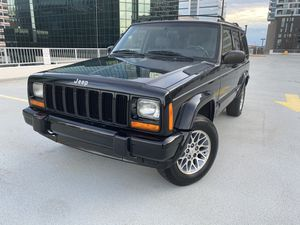JEEP CHEROKEE LIMITED 4.0L 4X4 ONLY 125xxx MILES!! for Sale in West McLean, VA