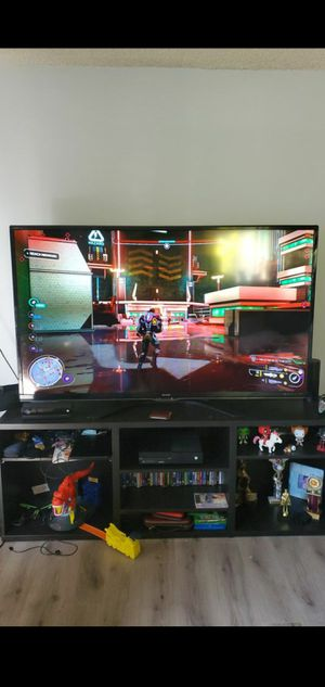 "Sharp LC-70EQ10U 70"" 1080p LED-LCD HDTV with Wi-Fi for Sale in Los Angeles, CA"
