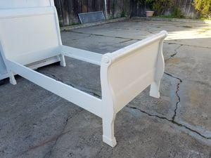 Pottery barn kids twin sleigh bed for Sale in Monterey, CA