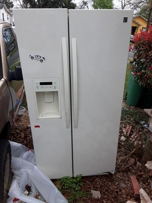 Kenmore refrigerator and Kenmore dishwasher for Sale in San Antonio, TX