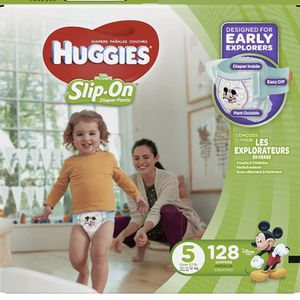 Huggies Slip On Little Movers Size 5 Diapers/pañales for Sale in Downey, CA