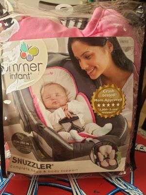 Snuzzler car seat for Sale in El Centro, CA
