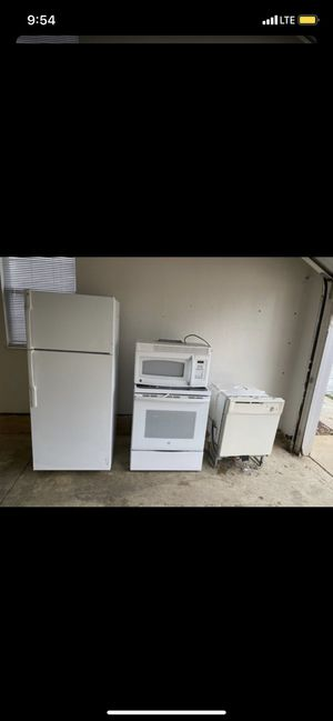 full set of white kitchen appliances for Sale in Aurora, OH