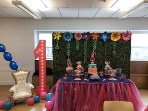 Party decorating for Sale in Fort Washington, MD