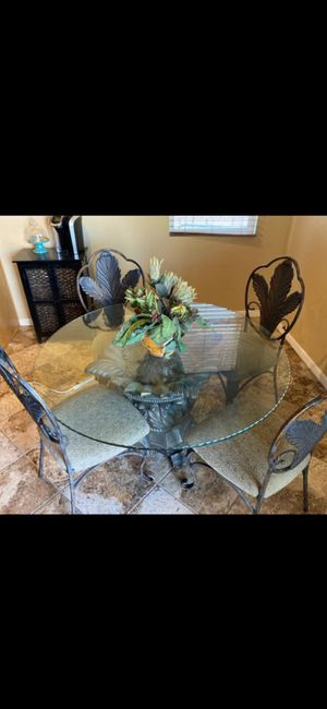 Table and chairs for Sale in Indio, CA