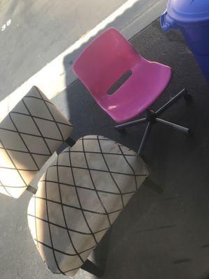 Chairs for Sale in Rialto, CA