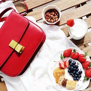 Medium Classic Box/ Handbag/ MK/ Coach for Sale in Norco, CA
