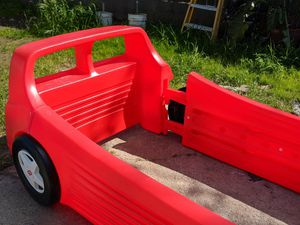 FREE toddler car bed for Sale in Sacramento, CA