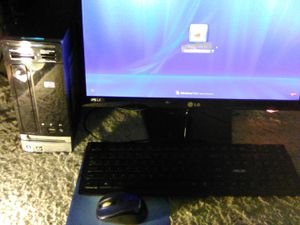 Desktop Set-LG Flatron ISPS2249-,HP Pavilion Slimline s3400f PC ,Asus kb2621 keyboard, Microsoft wireless mouse for Sale in Chicago, IL
