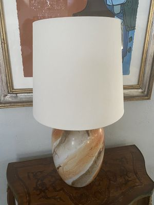 Table Top Lamp w Shade for Sale in Miami, FL