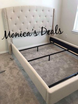 Queen size bed frame $280 for Sale in Norwalk, CA