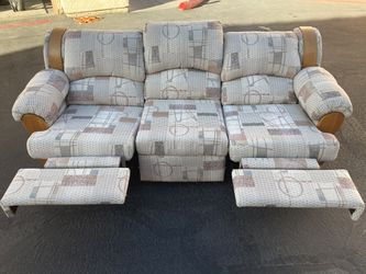 Couch for Sale in Henderson,  NV