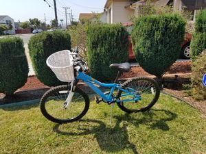 Girls Diamondback 24 inch mountain bike for Sale in Richmond, CA