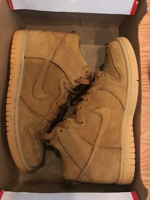 Nike dunks size 4 1/2 for Sale in Lorton, VA