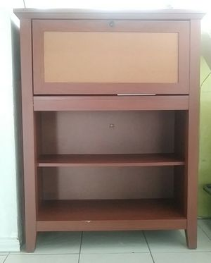Small Hutch Desk for Sale in Aventura, FL