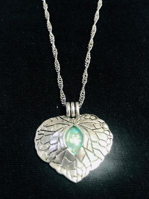 Sterling Silver Necklace / Green Zircon for Sale in Las Vegas, NV