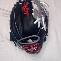 "Brand New Rawlings 11.5"" Heritage Pro Baseball Glove for Sale in Humble,  TX"