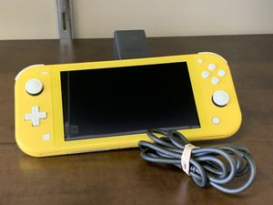 NINTENDO SWITCH LITE MINT CONDITION for Sale in Southfield, MI