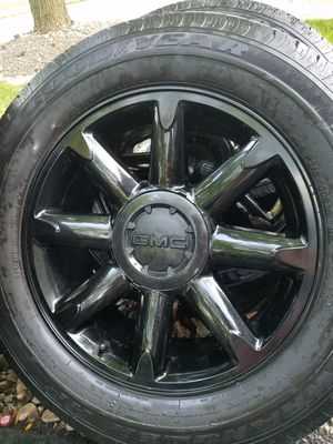"20"" gmc Yukon Denali black stock wheels tires great for Sale in Bolingbrook, IL"