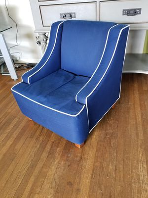 Kids Accent Chair for Sale in Long Beach, CA