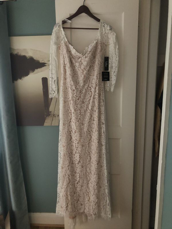 Wedding dress, shoes new (never used)