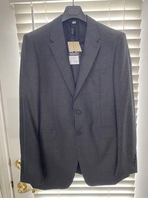 Authentic Burberry MEN'S Siute ( Jacket 42 R US & Pant W- 34 US) for Sale in Lansdowne, VA