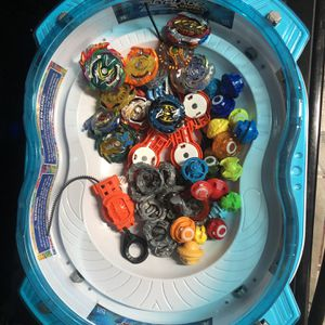 18 BEYBLADEs and arena for Sale in Cape Coral, FL
