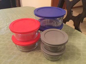 Pyrex Storage set six pieces with lids for Sale in Miami, FL