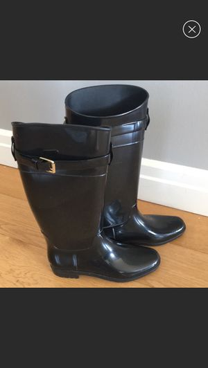 Lauren Ralph Lauren tall shiny rain boots. Size 8 for Sale in Brooklyn, NY