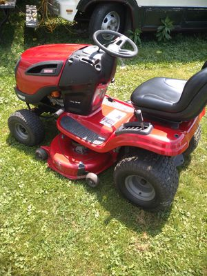 2010 Craftsman 22 horsepower twin cam riding lawn mower for Sale in Moon, PA