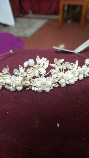 Bridal fresh water pearls tiara head pc for Sale in Springfield, VA