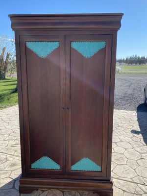 Western bedroom set refurbished with paisley leather for Sale in Bend, OR