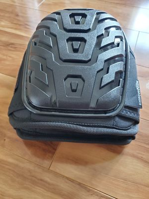 Brand New AmazonBasics Professional Gel Cushion Knee Pads 1 pair for Sale in Columbus, OH