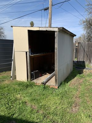 FREE Shed for Sale in Sacramento, CA